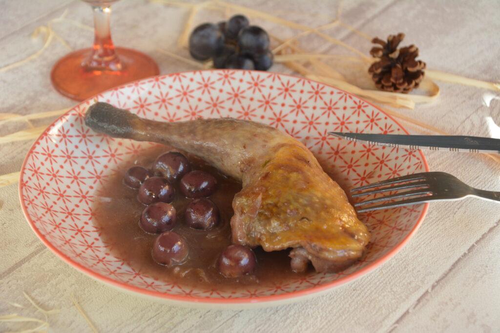 Cuisses de pintade au miel et petits raisins